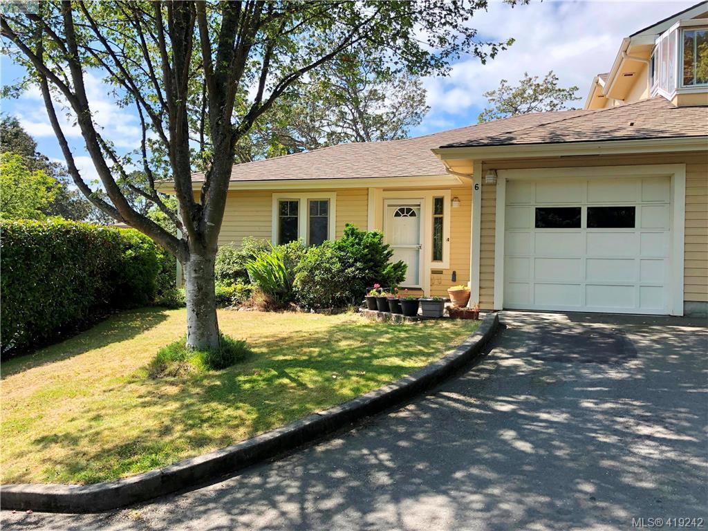 Main Photo: 6 909 Admirals Road in VICTORIA: Es Esquimalt Row/Townhouse for sale (Esquimalt)  : MLS®# 419242