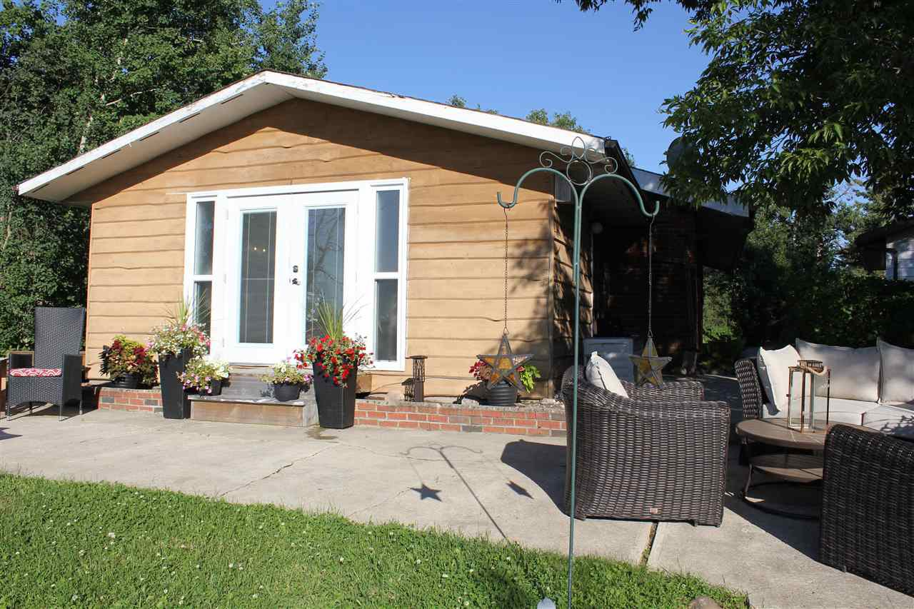Main Photo: 402 59201 RR 95: Rural St. Paul County House for sale : MLS®# E4205009