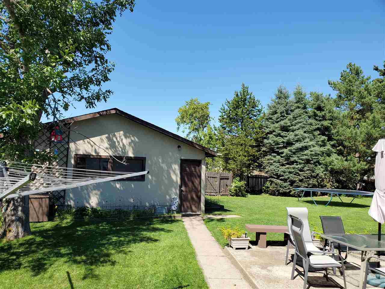 Photo 31: Photos: 125 Spruce Crescent: Wetaskiwin House for sale : MLS®# E4207728