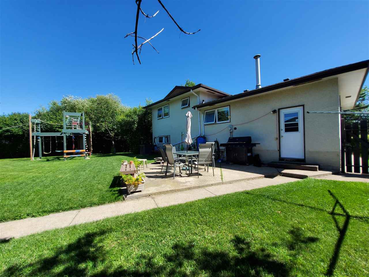 Photo 37: Photos: 125 Spruce Crescent: Wetaskiwin House for sale : MLS®# E4207728