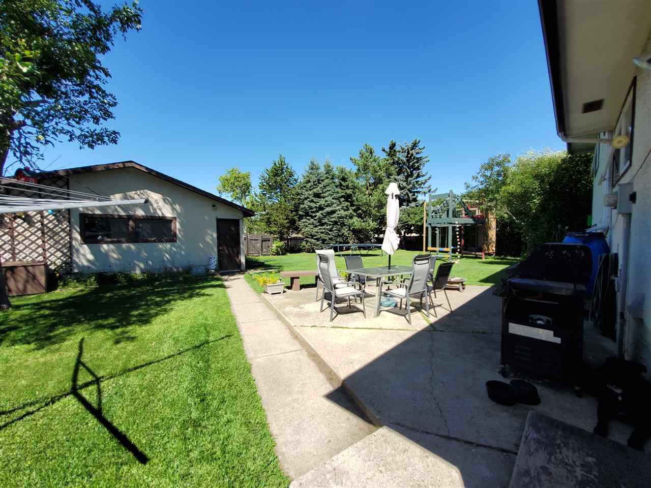 Photo 39: Photos: 125 Spruce Crescent: Wetaskiwin House for sale : MLS®# E4207728