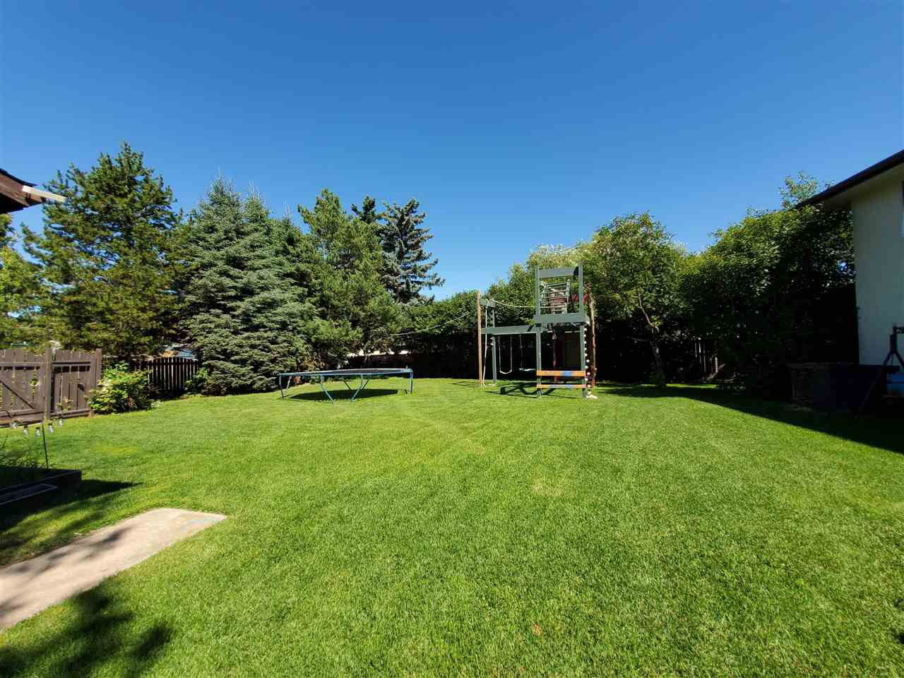 Photo 32: Photos: 125 Spruce Crescent: Wetaskiwin House for sale : MLS®# E4207728