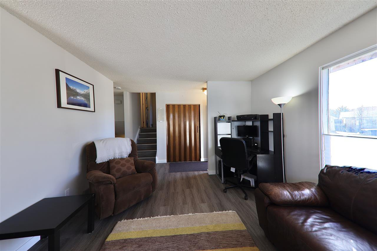 Photo 5: Photos: 125 Spruce Crescent: Wetaskiwin House for sale : MLS®# E4207728