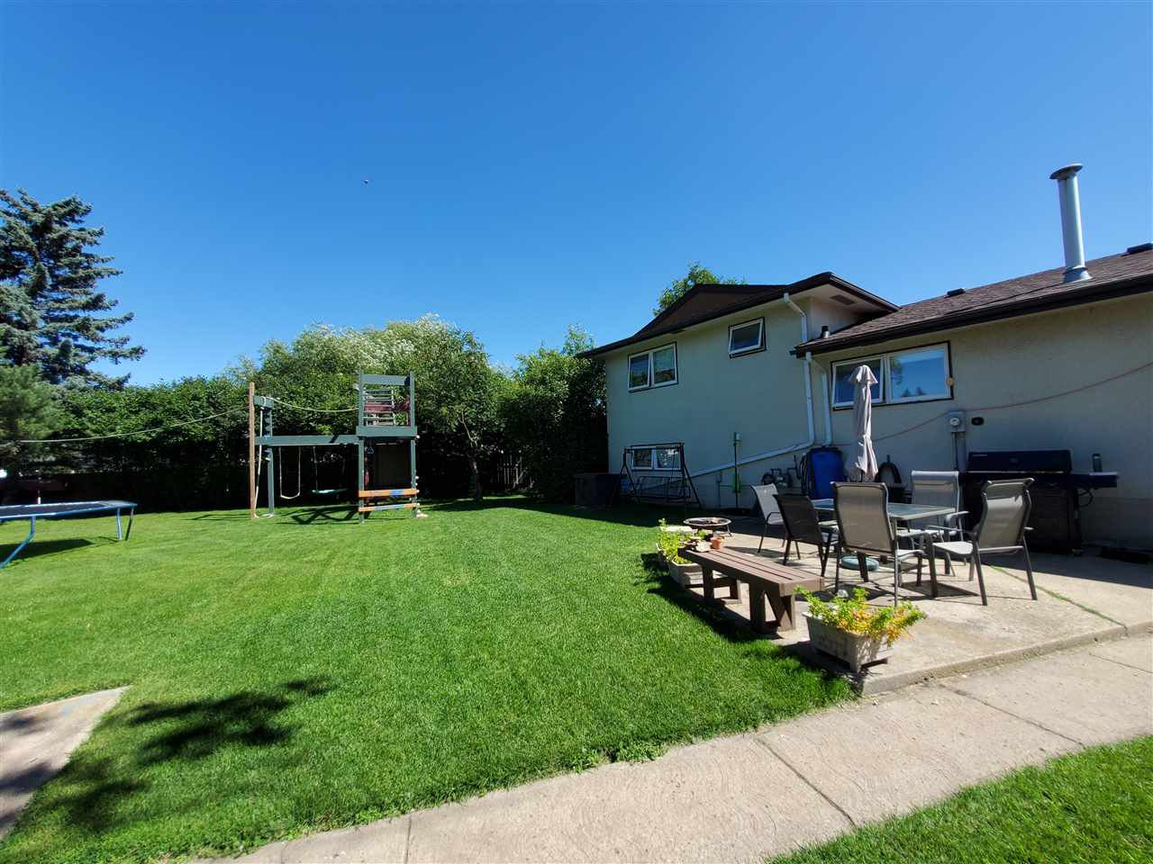 Photo 35: Photos: 125 Spruce Crescent: Wetaskiwin House for sale : MLS®# E4207728