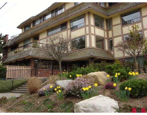 Main Photo: 109 1368 Foster Street in White Rock: 1/2 Duplex for sale : MLS®# F2906480