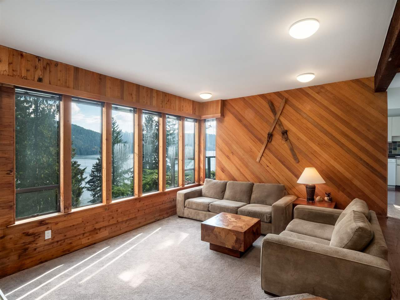 """Main Photo: 4802 STRATHCONA Road in North Vancouver: Deep Cove House for sale in """"The Cove"""" : MLS®# R2411847"""