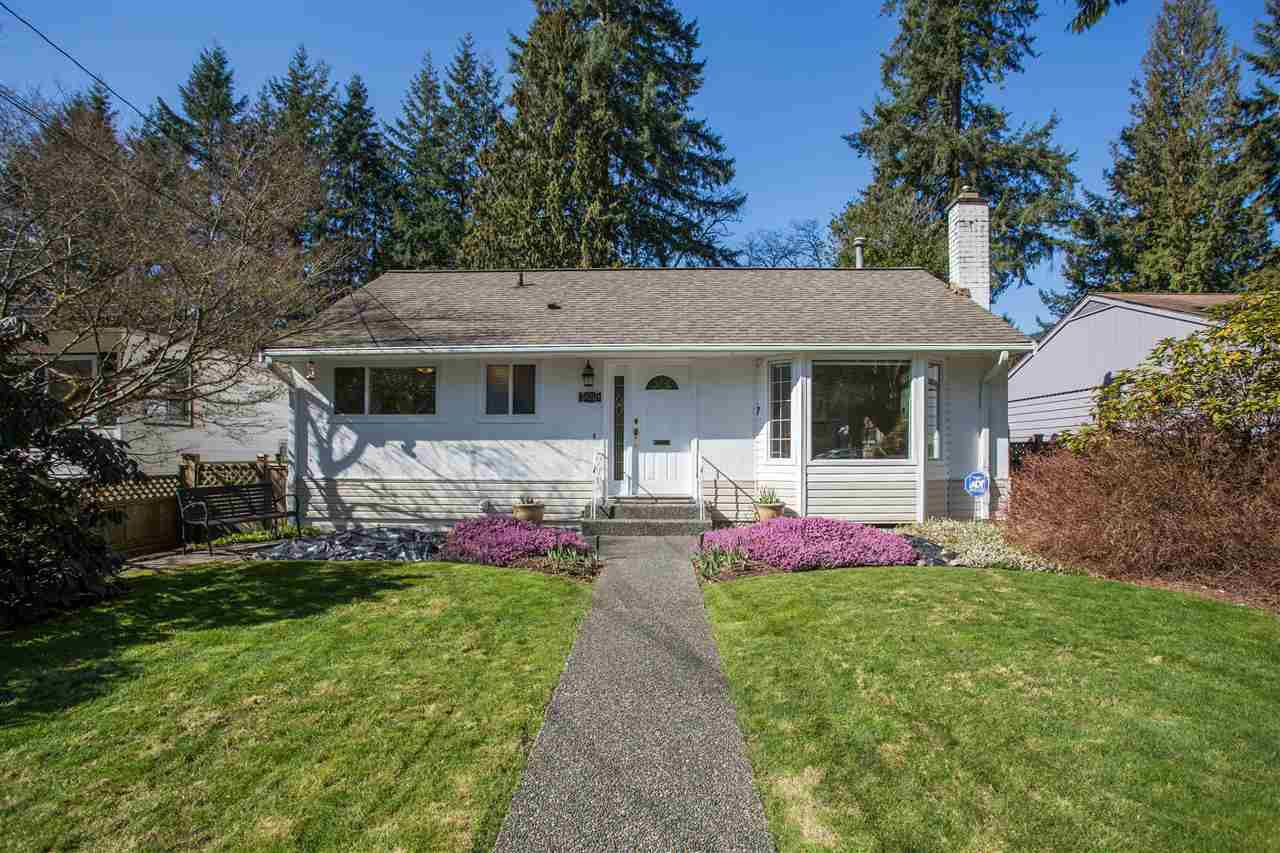 Main Photo: 3659 HENDERSON Avenue in North Vancouver: Lynn Valley House for sale : MLS®# R2447200