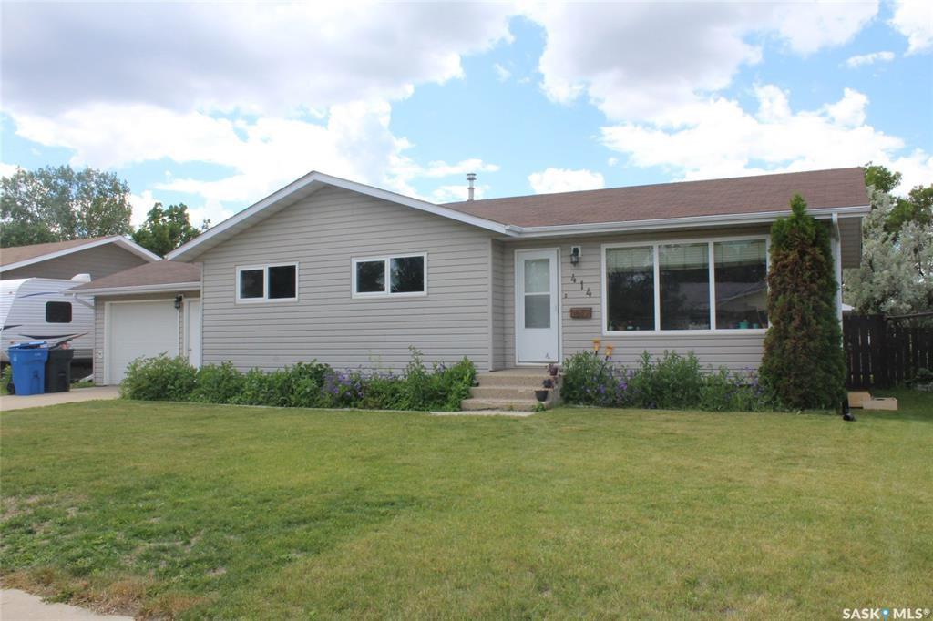 Main Photo: 414 Willow Bay in Estevan: Scotsburn Residential for sale : MLS®# SK815096