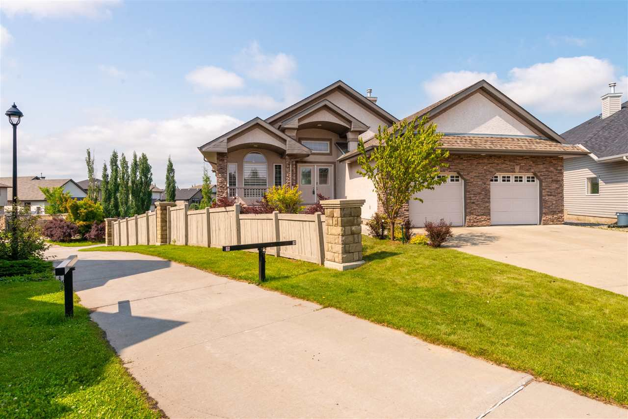 Main Photo: 6449 SANDIN Crescent in Edmonton: Zone 14 House for sale : MLS®# E4166742