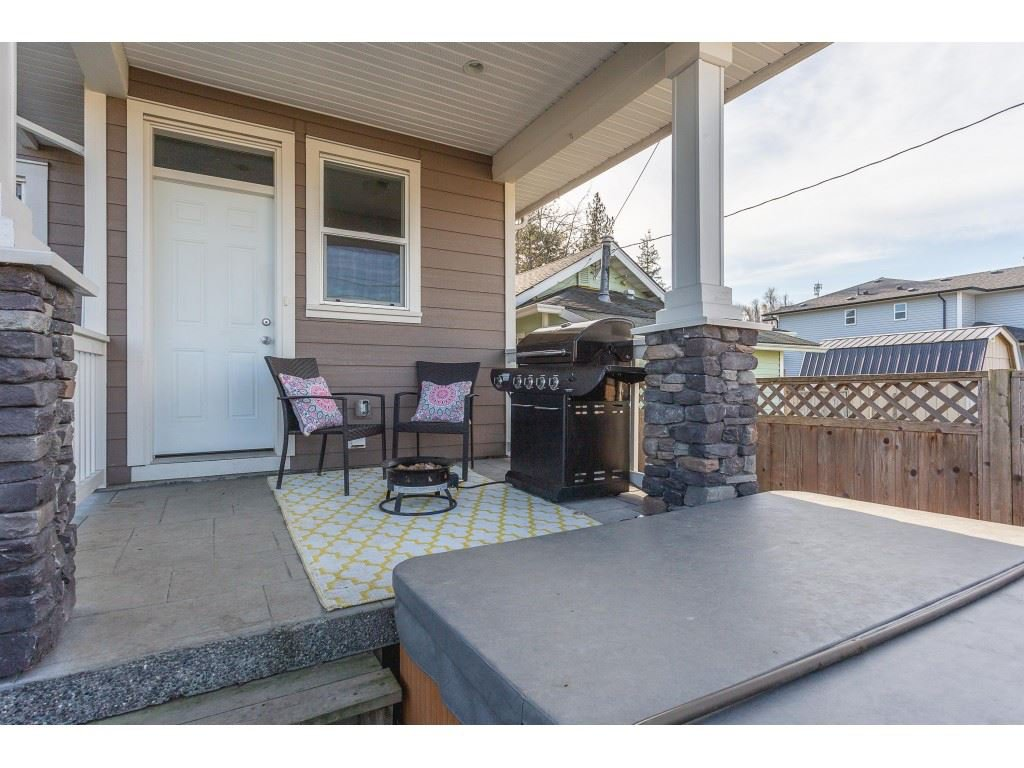 Photo 18: Photos: 34649 2ND Avenue in Abbotsford: Poplar House for sale : MLS®# R2419025