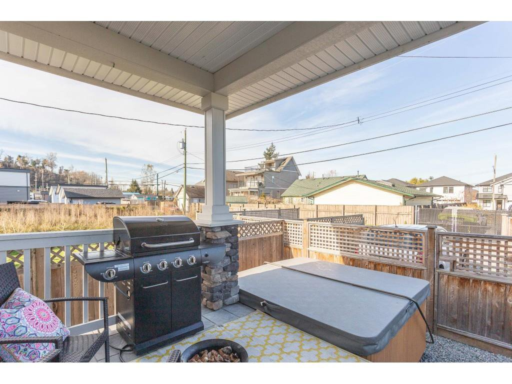 Photo 17: Photos: 34649 2ND Avenue in Abbotsford: Poplar House for sale : MLS®# R2419025