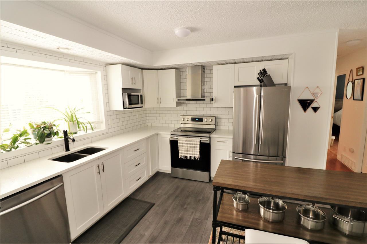 Main Photo: 43 LINWOOD Crescent: St. Albert House for sale : MLS®# E4192351
