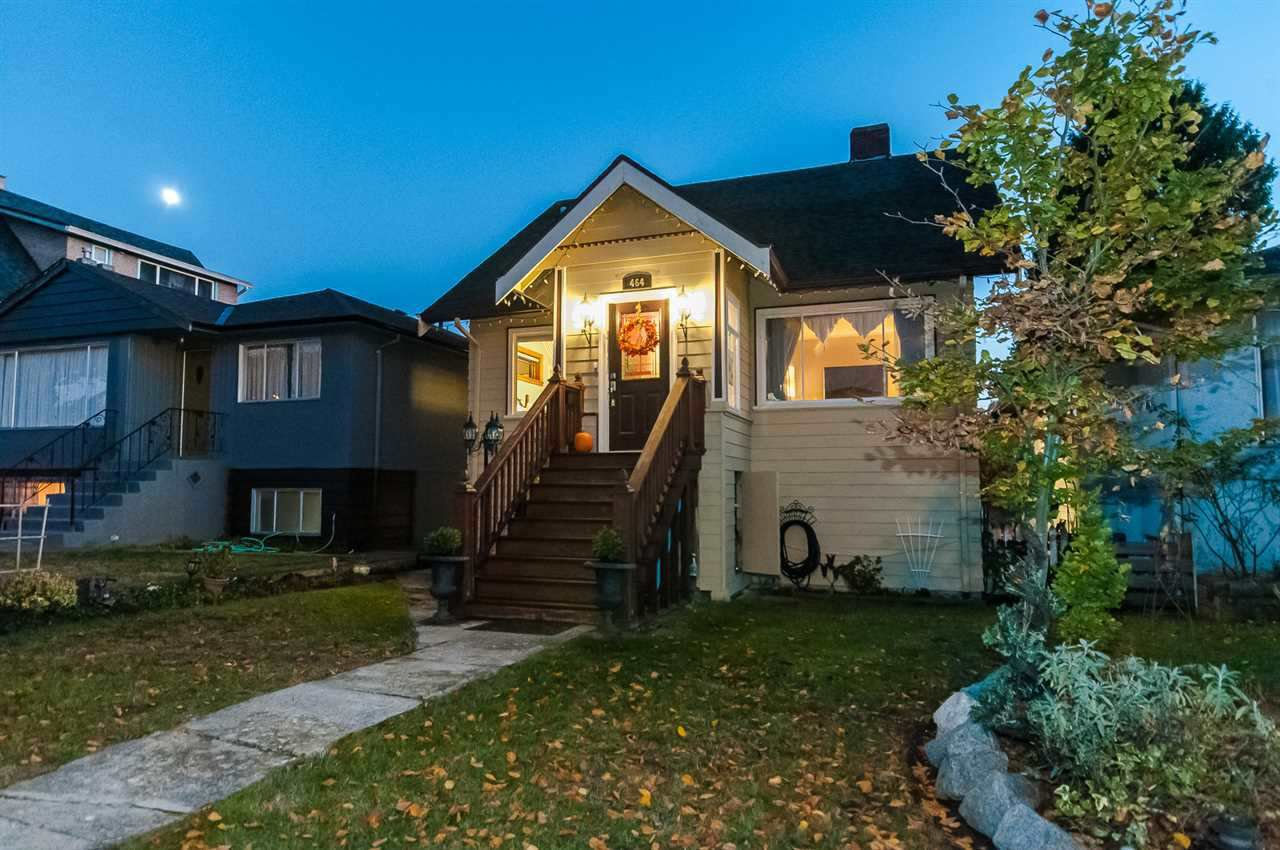 Main Photo: 464 E 54TH Avenue in Vancouver: South Vancouver House for sale (Vancouver East)  : MLS®# R2478377
