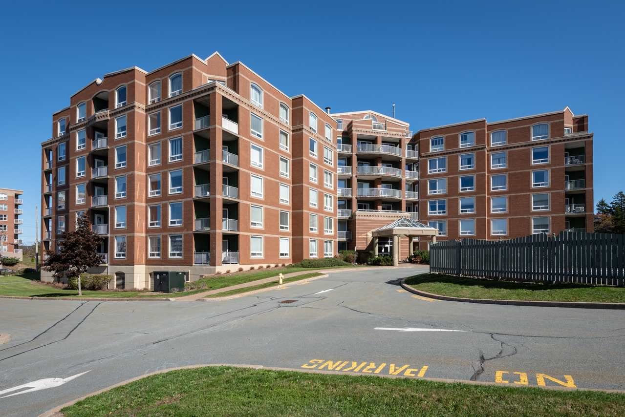 Main Photo: 508 10 Regency Park Drive in Clayton Park: 5-Fairmount, Clayton Park, Rockingham Residential for sale (Halifax-Dartmouth)  : MLS®# 202021051