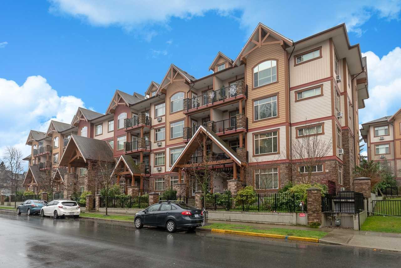 """Main Photo: 210 12525 190A Street in Pitt Meadows: Mid Meadows Condo for sale in """"CEDAR DOWNS"""" : MLS®# R2522446"""