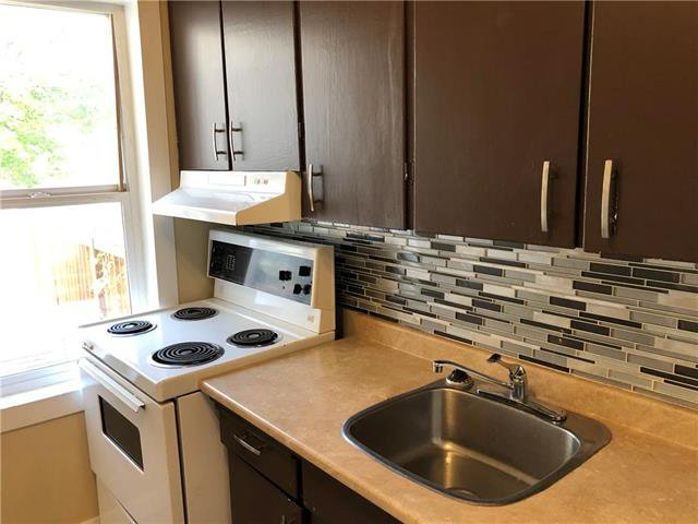 Photo 7: Photos: 576 Redwood Avenue in Winnipeg: North End Residential for sale (4A)  : MLS®# 1926788