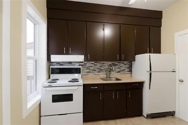 Photo 5: Photos: 576 Redwood Avenue in Winnipeg: North End Residential for sale (4A)  : MLS®# 1926788
