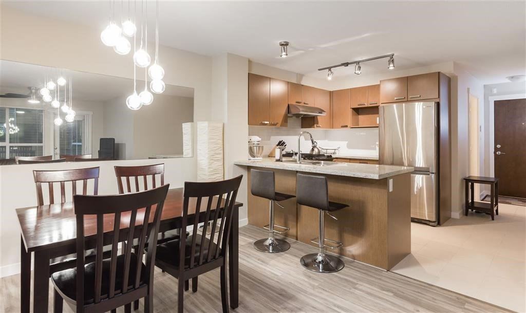 Main Photo: 119 9399 TOMICKI Avenue in Richmond: West Cambie Condo for sale : MLS®# R2420571