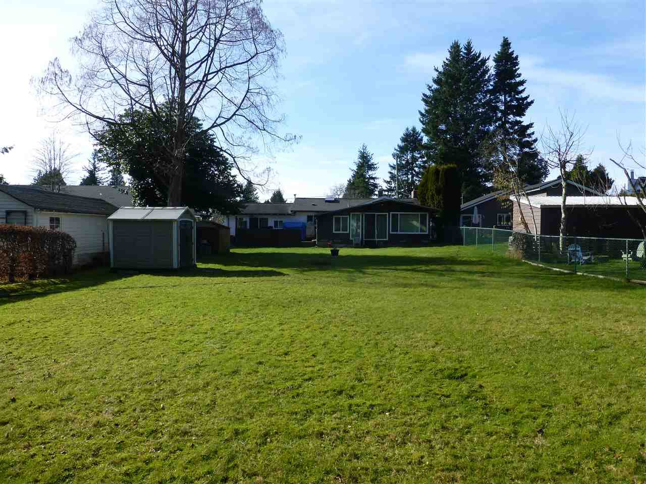 Main Photo: 1570 BISHOP Road: White Rock House for sale (South Surrey White Rock)  : MLS®# R2438304