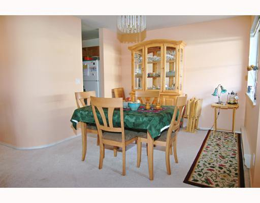 """Photo 4: Photos: 202 19128 FORD Road in Pitt Meadows: Central Meadows Condo for sale in """"BEACON SQUARE"""" : MLS®# V638503"""