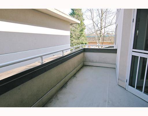 """Photo 10: Photos: 202 19128 FORD Road in Pitt Meadows: Central Meadows Condo for sale in """"BEACON SQUARE"""" : MLS®# V638503"""