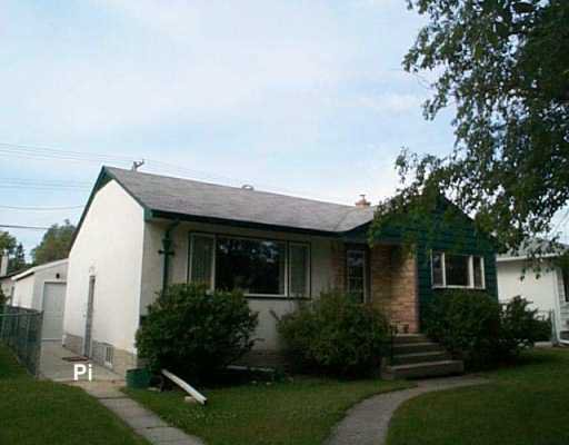 Main Photo: 424 OAKVIEW Avenue in Winnipeg: East Kildonan Single Family Detached for sale (North East Winnipeg)  : MLS®# 2610433