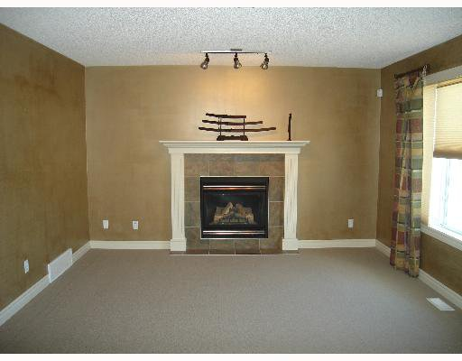 Photo 3: Photos: : Chestermere Residential Detached Single Family for sale : MLS®# C3269947