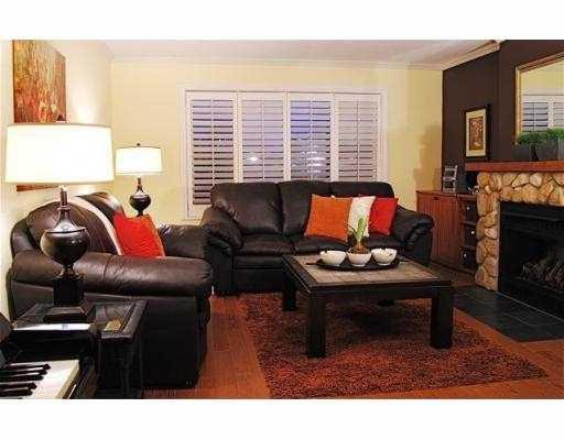Photo 2: Photos: 5860 16A Avenue in Tsawwassen: Beach Grove House 1/2 Duplex for sale : MLS®# V687194