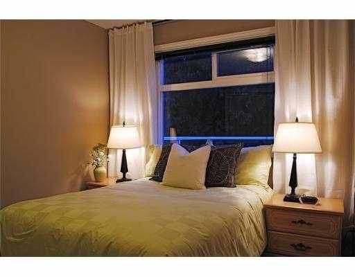 Photo 7: Photos: 5860 16A Avenue in Tsawwassen: Beach Grove House 1/2 Duplex for sale : MLS®# V687194