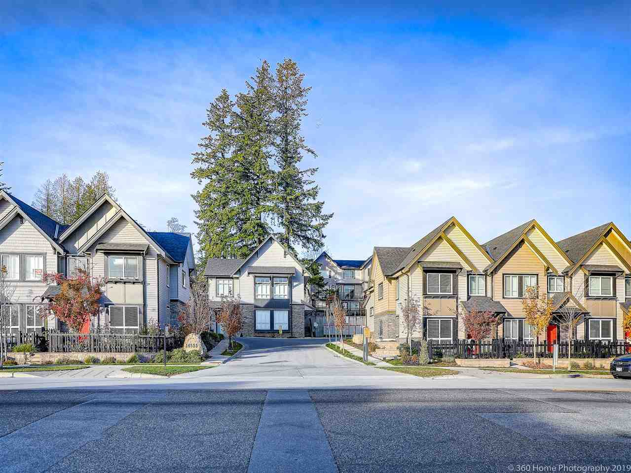 "Main Photo: 87 14555 68 Avenue in Surrey: East Newton Townhouse for sale in ""SYNC"" : MLS®# R2418739"