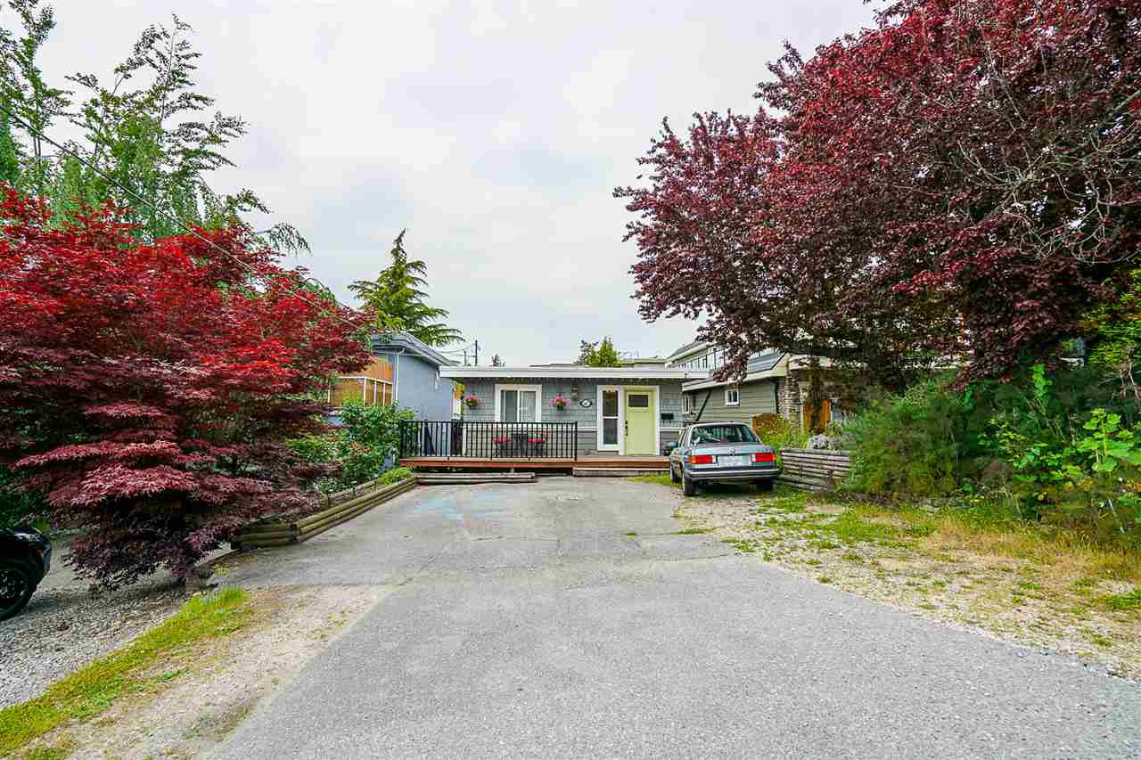 Main Photo: 867 HABGOOD Street: White Rock House for sale (South Surrey White Rock)  : MLS®# R2424488