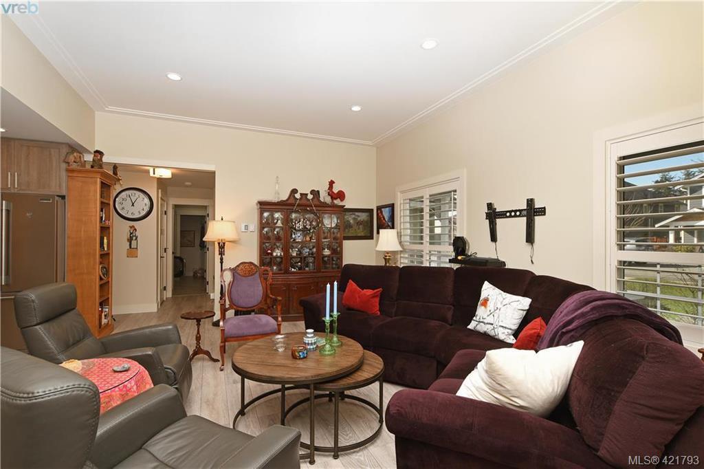 Photo 4: Photos: 6885 Laura's Lane in SOOKE: Sk Sooke Vill Core House for sale (Sooke)  : MLS®# 834671
