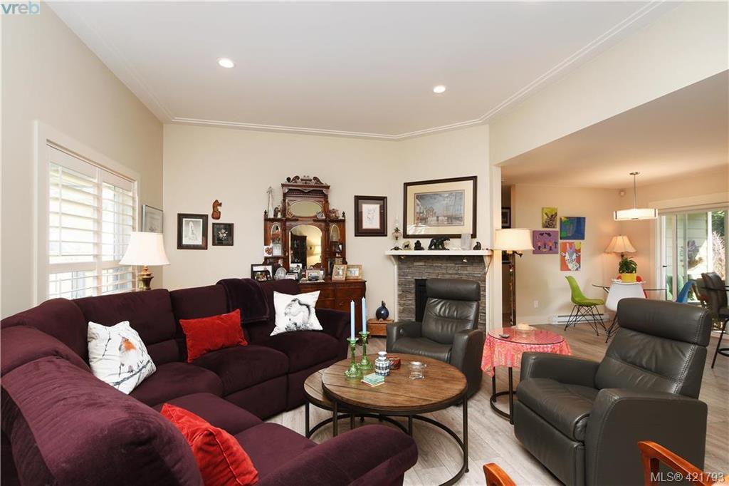 Photo 3: Photos: 6885 Laura's Lane in SOOKE: Sk Sooke Vill Core House for sale (Sooke)  : MLS®# 834671