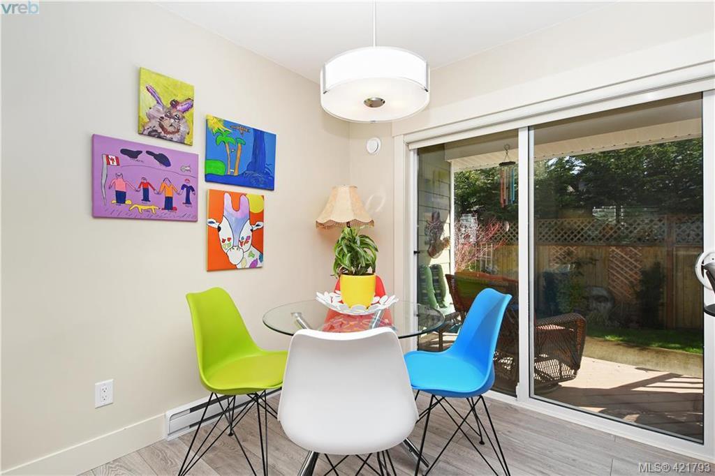 Photo 5: Photos: 6885 Laura's Lane in SOOKE: Sk Sooke Vill Core House for sale (Sooke)  : MLS®# 834671