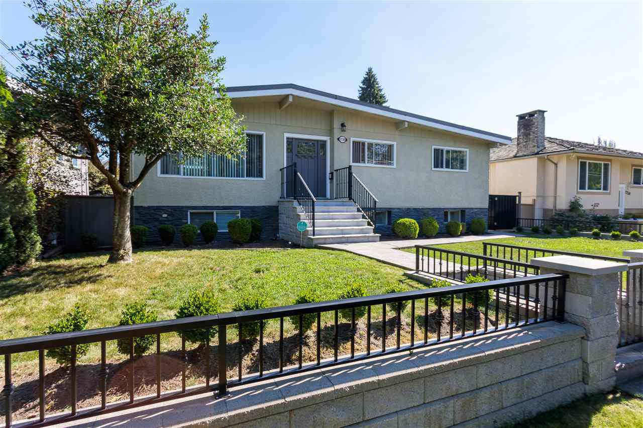 Main Photo: 1730 CLIFF Avenue in Burnaby: Sperling-Duthie House for sale (Burnaby North)  : MLS®# R2497777