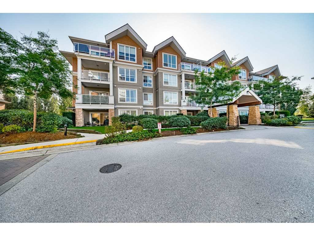 "Main Photo: 109 6430 194 Street in Surrey: Clayton Condo for sale in ""Waterstone"" (Cloverdale)  : MLS®# R2505747"
