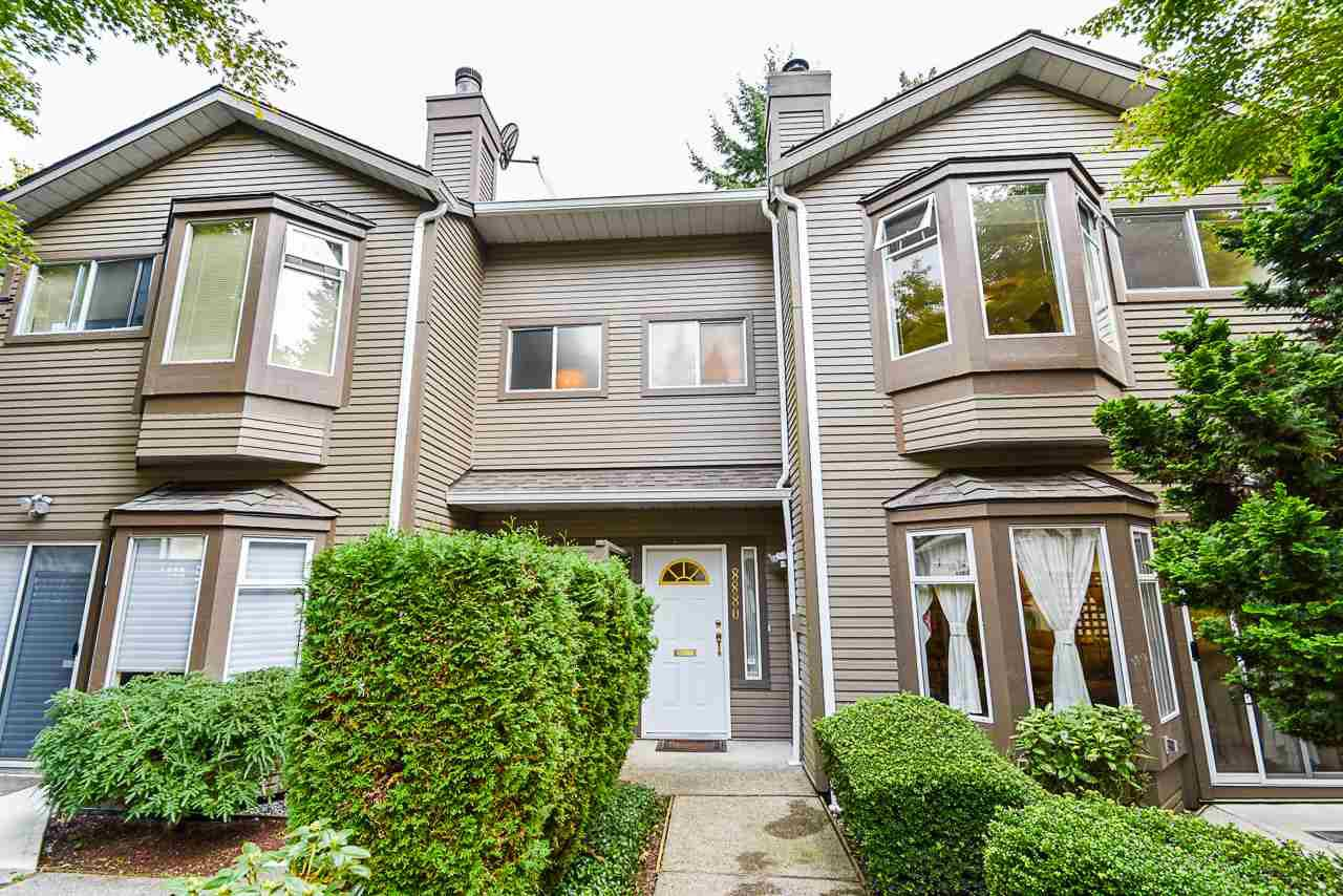 """Main Photo: 8880 FINCH Court in Burnaby: Forest Hills BN Townhouse for sale in """"PRIMROSE HILL"""" (Burnaby North)  : MLS®# R2507025"""