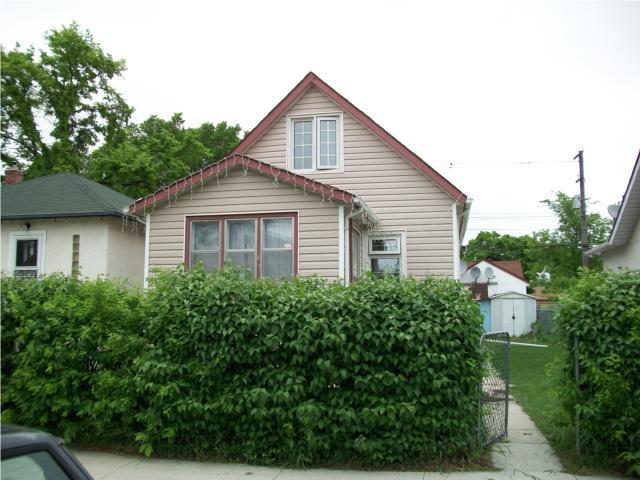 Main Photo: 1483 Alexander Avenue in WINNIPEG: Brooklands / Weston Residential for sale (West Winnipeg)  : MLS®# 1010339