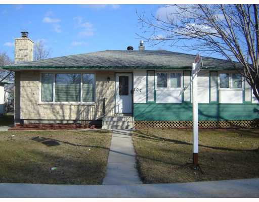 Main Photo:  in WINNIPEG: Charleswood Residential for sale (South Winnipeg)  : MLS®# 2901606