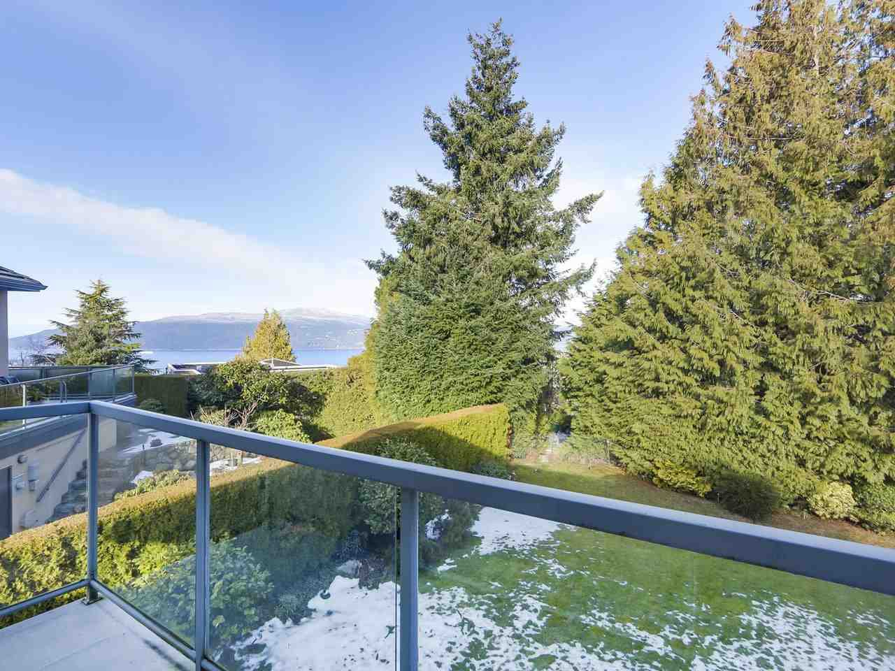 Photo 18: Photos: 5441 WEST VISTA COURT in West Vancouver: Upper Caulfeild House for sale : MLS®# R2341877