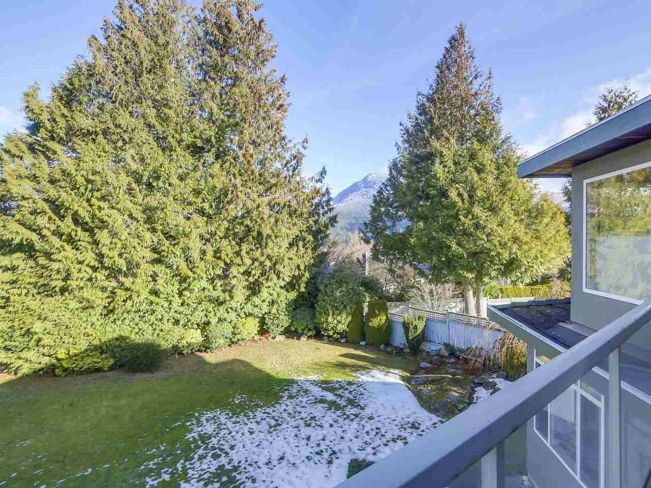Photo 20: Photos: 5441 WEST VISTA COURT in West Vancouver: Upper Caulfeild House for sale : MLS®# R2341877