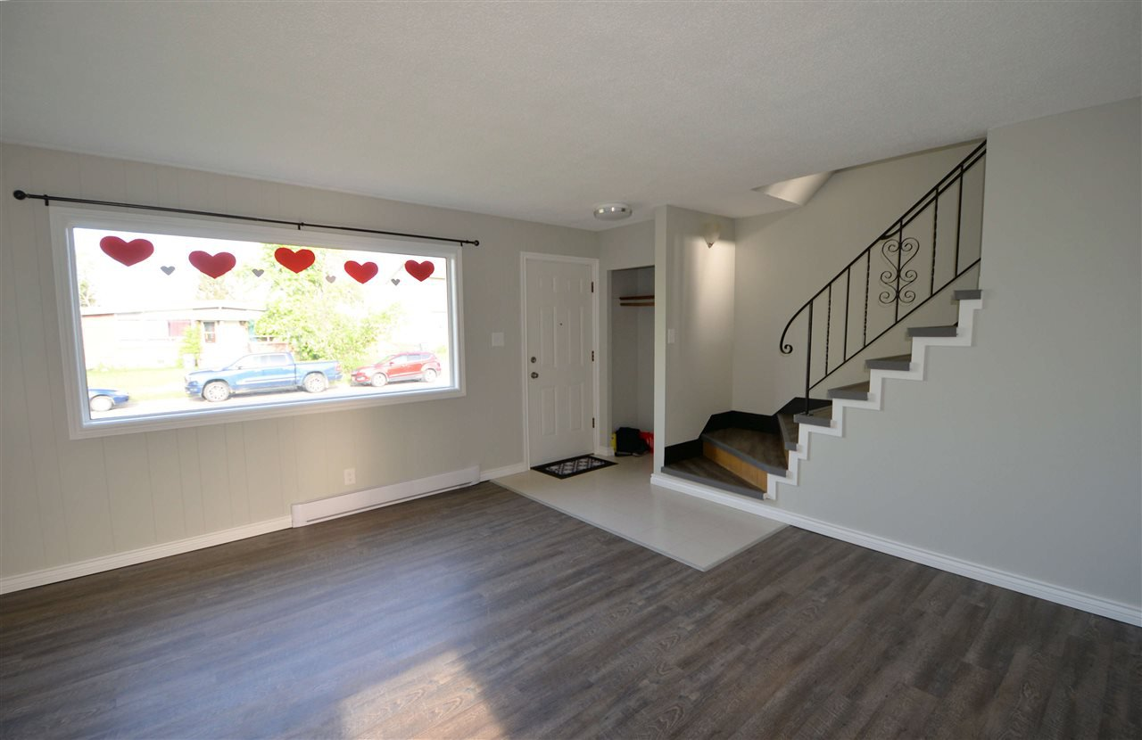 "Photo 3: Photos: 453 - 459 S PATTERSON Street in Prince George: Quinson House Duplex for sale in ""QUINSON"" (PG City West (Zone 71))  : MLS®# R2459838"