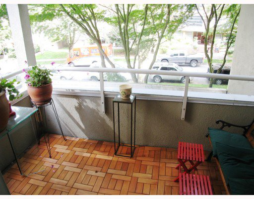 Photo 7: Photos: 202 1220 BARCLAY Street in Vancouver: West End VW Condo for sale (Vancouver West)  : MLS®# V784113