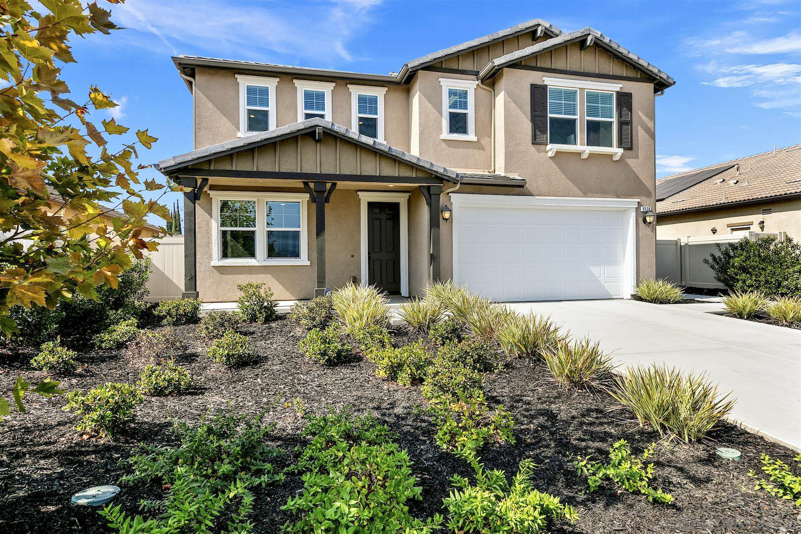 Main Photo: SANTEE House for sale : 4 bedrooms : 9538 Coolwater Way