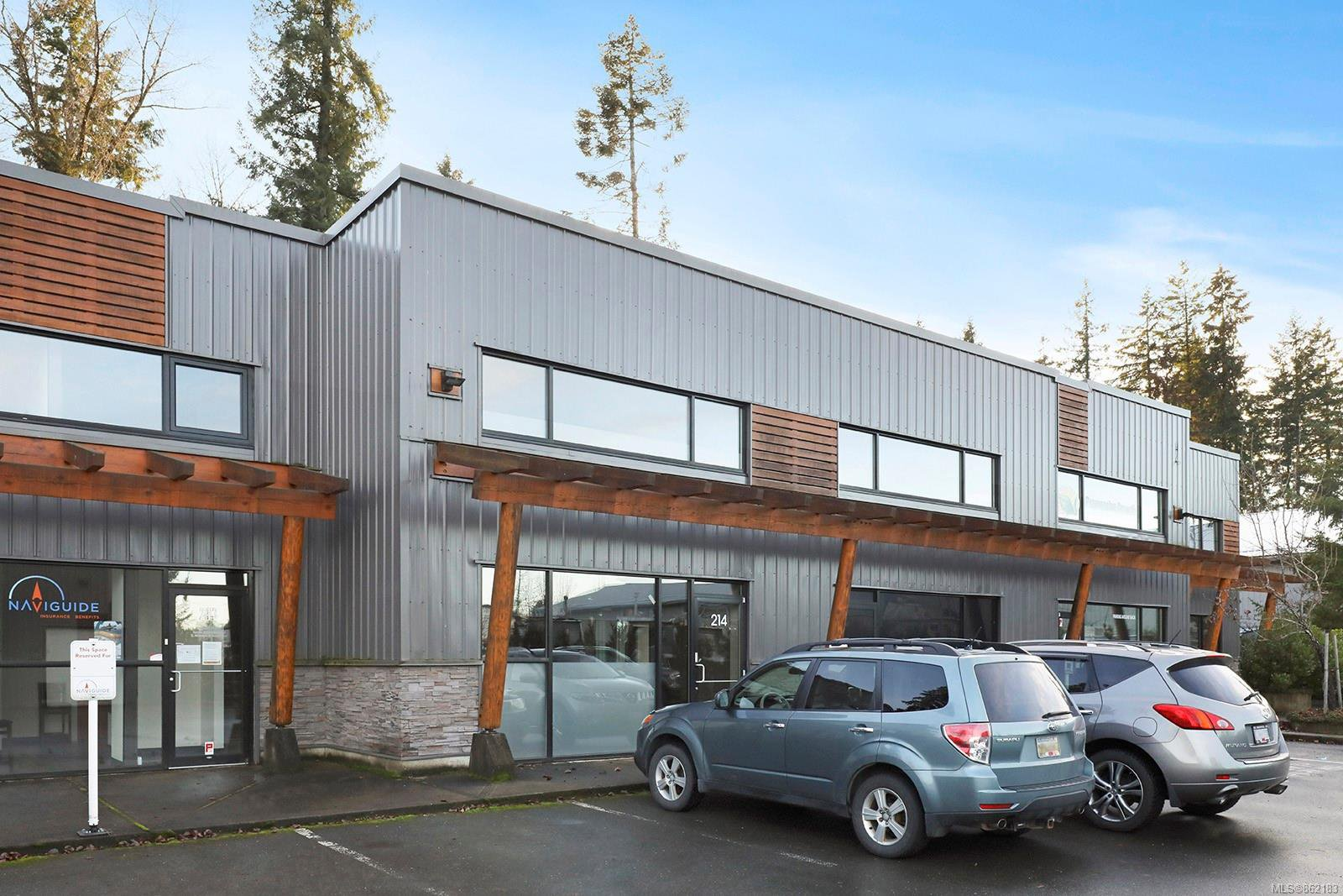 Main Photo: 214 2459 Cousins Ave in : CV Courtenay City Office for lease (Comox Valley)  : MLS®# 862183