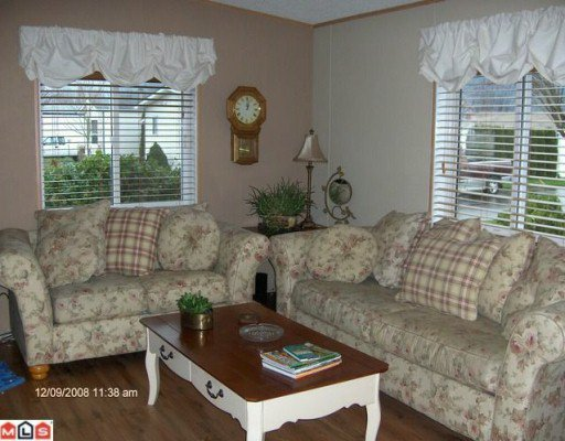 """Photo 5: Photos: 48 41168 LOUGHEED Highway in Mission: Dewdney Deroche Manufactured Home for sale in """"Oasis Estates"""" : MLS®# F1001835"""