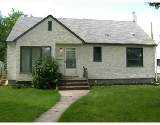 Main Photo: 320 SACKVILLE Street in WINNIPEG: St James Residential for sale (West Winnipeg)  : MLS®# 2913994