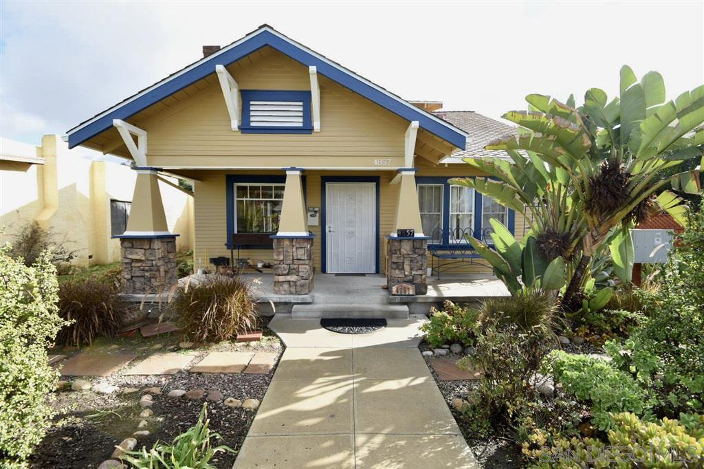 Main Photo: UNIVERSITY HEIGHTS House for rent : 3 bedrooms : 4857 Kansas St in San Diego