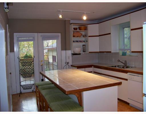 Photo 3: Photos: 187 MONTROSE Street in WINNIPEG: River Heights / Tuxedo / Linden Woods Residential for sale (South Winnipeg)  : MLS®# 2919340