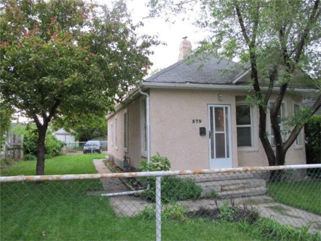 Photo 2: Photos:  in WINNIPEG: East Kildonan Residential for sale (North East Winnipeg)  : MLS®# 1012295